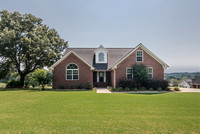 380 Meadow Lakes